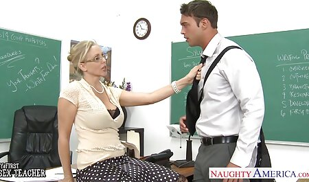 Porno voir film porno gay gros seins dans le cul mec baise sa mère dans la chambre