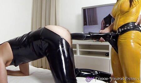 Maison pornographe voir film porn gratuit aime le sexe oral.