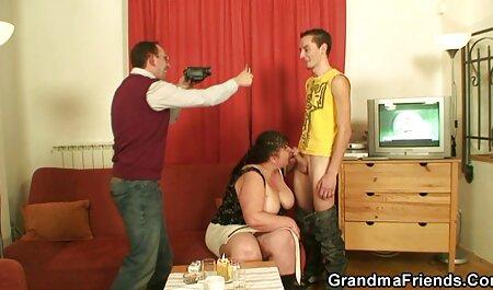 Peau avec des Pistons juteux pour regarder un film de sexe hommes