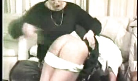 La pendaison de seins d'une femme voudrais voir un film porno