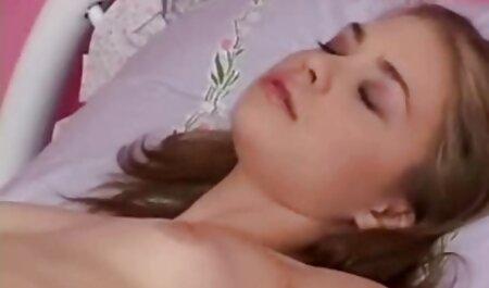 Caresse sa regarder film pornographique gratuit chatte humide