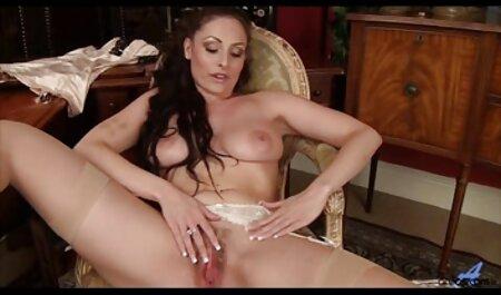 Secrétaire regarder film porno francais avec un nouveau cul