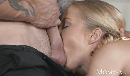 Busty infirmière aide le patient à éliminer la tension sexuelle et voir film porno sur youtube la bite