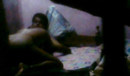 Papa baise fille pendant que maman voir video porno gratuites travaille.
