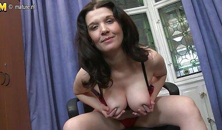 Jeune patron putain de voir porno amateur secrétaire dans le bureau