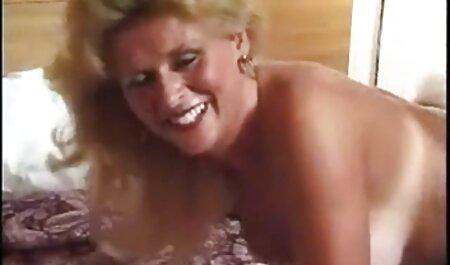 Blonde-manger je voudrais voir un film x vagin.